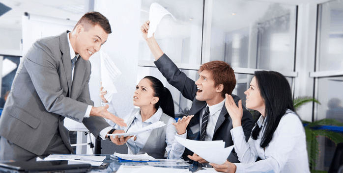 Solusi dan tips menghindari gesekan atau konflik yang terjadi di tim kerja