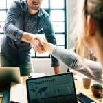 Tips Memulai Bisnis Tanpa Harus Keluar Dari Pekerjaan Anda