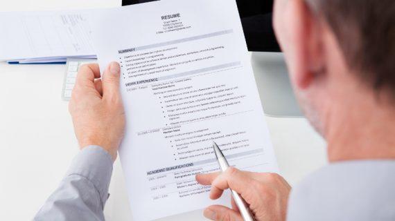 The Power of CV Sederhana Yang Buat Rekruter Lebih Menyukainya