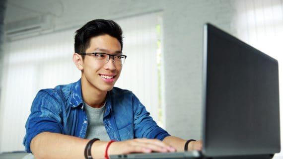 Daftar Gaji Programmer & Posisi IT Lainnya Terbaru 2020