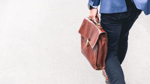 Mengenal Outsourcing Karyawan dan Perbedaannya dengan Karyawan Kontrak