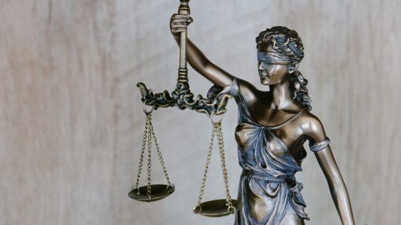 Hukum Ketenagakerjaan: Definisi, Tujuan dan Regulasinya